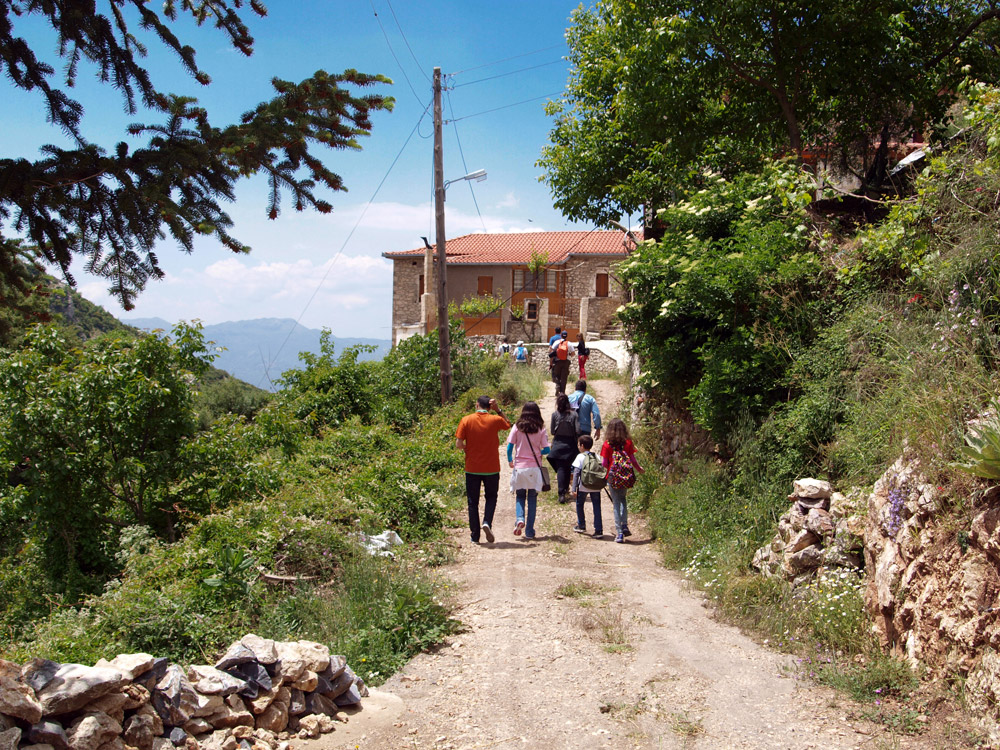 Hike in the traditional Greek villages